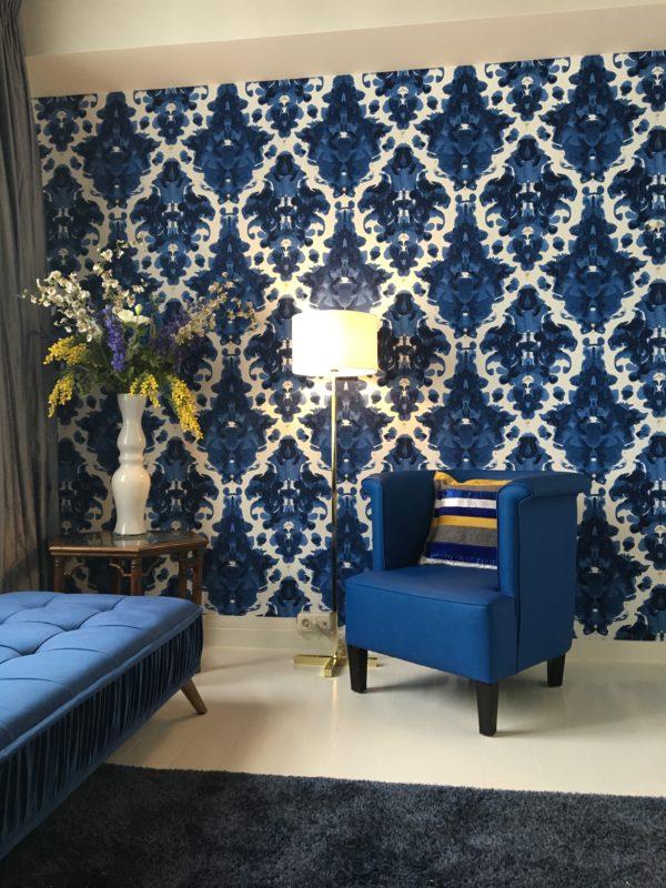 Planten in je hotelinterieur - geel blauw zijdebloemen boeket