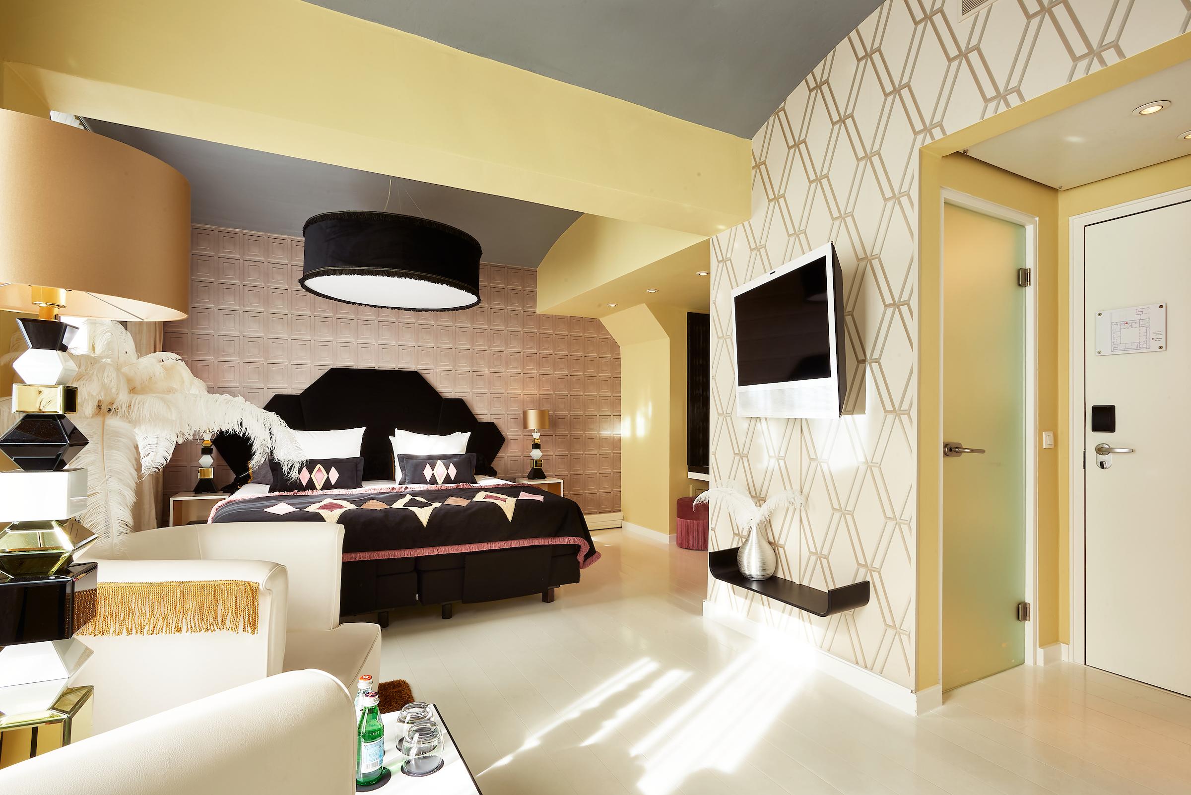 Ingrid van der Veen interieur design Hotel Librije hotelkamer Vanille bed