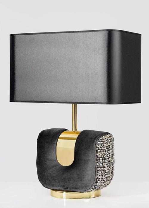 Zwarte chique lamp voor cosmopolitan luxury interieur