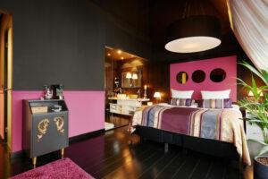 Roze zwarte luxe slaapkamer